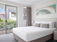 2 Bedroom Deluxe Apartment - BreakFree Diamond Beach Broadbeach