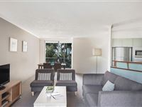 2 Bedroom Apartment - BreakFree Diamond Beach Broadbeach